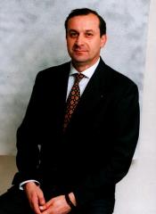 Fausto Biografia